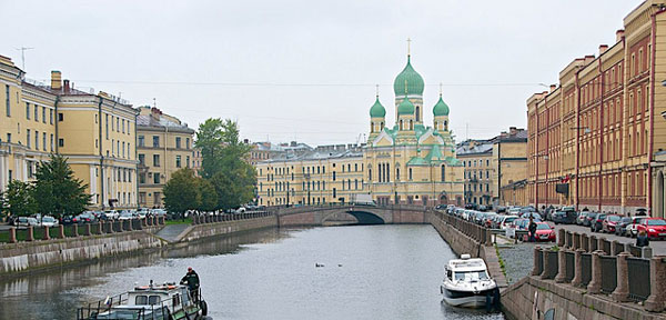 st-petersburg-waterway