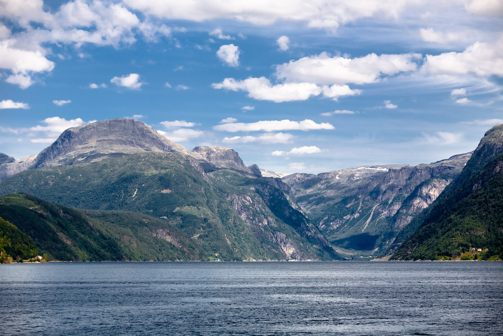 Flå Norway  city photos gallery : Sognefjord is Norway 's longest and deepest fjord, extending ...