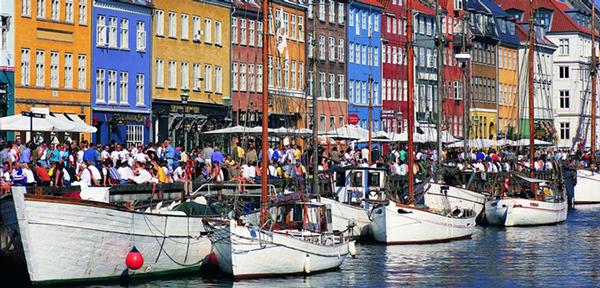 Nyhavn-New-Harbour_Cees-van-Roeden_VisitDenmark-LARGE