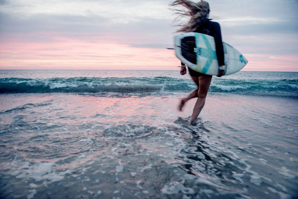 surfing at klitmoeller by Mette Johnsen
