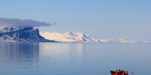 Basecamp Spitsbergen Boat trip