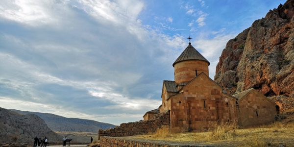 Noravank Monastery long